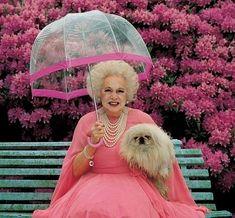 Barbara Cartland en rosa