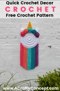 How to crochet a unicorn wall hanger-  with step by step instructions and 3 videos, this free crochet pattern is perfect for beginners. #CrochetUnicorns #Crochettherainbow