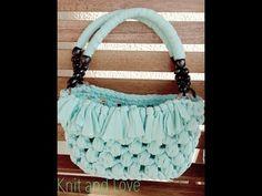 Bolso punto puff Knit and love Diy Crochet Bag, Crochet Purse Patterns, Crochet Fabric, Fabric Yarn, Knit Crochet, Diy Fashion Projects, Crochet T Shirts, Macrame Bag, Handmade Handbags