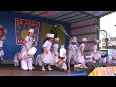 Buchet je spousta.MP4 - YouTube Youtube, Wrestling, Film, Concert, Musica, School, Movie, Movies, Film Stock