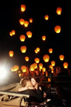 Sign paper lanterns like they did in the film I saw, and then float them into the air at the end of the night. Would be GORGEOUS I think and perhaps the perfect end to the reception! Wedding Wishes, Our Wedding, Perfect Wedding, Wedding Stuff, Wedding Shit, Wedding Reception, Chiang Mai, Wish Lanterns, Sky Lanterns