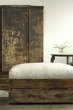 reclaimed wood and linen
