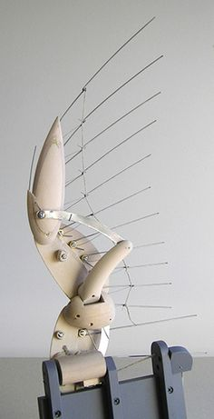 The Mechanical Duck wing by Bliss Kolb Automata Kinetic Toys, Kinetic Art, Mechanical Art, Mechanical Design, 3d Cnc, Marionette, Puppet Making, Bird Wings, Stop Motion