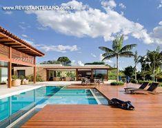 Área da piscina por Valéria Gontijo + Studio de Arquitetura. http://www.comore.com.br/?p=27912 #interarq #piscina #pavilhaojatoba #valeriagontijo #studiodearquitetura #revistainterarq #arquitetura #architecture #archdaily #contemporary #decor #design #home #homestyle #instadecor #instahome #homedecor #interiordesign #lifestyle #modern #interiordesigns #luxuryhome #homedesign #decoracao #interiors #interior