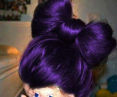 Luv this hair color. It makes a bow bun look that much cuter!