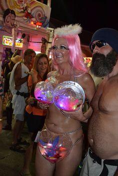 Carnival tine down @ fantasy fest keywest Fl Keys, Festivals Around The World, Key West, Carnival, Around The Worlds, Fantasy, Costumes, Hot, Mardi Gras