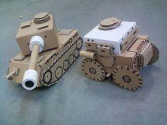 Czołg i samochód wykonany z kartoników po zasilaczach i tub papierowych. TANK RECYKLING MODEL DIY