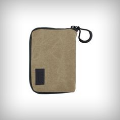 "RYOT™ PackRatz Small in Tan is a wonderful, compact protection solution for daily use. These well padded pouches feature a SmellSafe™ zipper and microscopic carbon application to create a scent resistant enclosure for your favorite glass, vaporizer, or other small valuables.  •Size: Small •Dimension: 3.5"" x 5"""