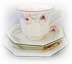Stunning Vintage Tea Cup Candle Trio Alice by LindsayLucasCandles