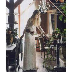 パリの デルフィーヌマニヴェの総レースなドレスをウエスタンチックなベルトと風を含むヘアースタイルでオシャレ度数の高い写真に仕上げていただいたゼクシィ掲載のページ感謝です #デルフィーヌマニヴェ #ウエディングドレス#クリオマリアージュドレス#ドレス #cliomariage#weddingdress#dress#ドレス#カラードレス#クリオマリアージュ#ガーデンウエディング#wedding#ウエディング#結婚#結婚式#結婚式準備#タキシード#アクセサリー#ヘッドドレス#ギフト#ブライダル#fashion#ファッション#ナチュラル#プロポーズ#渋谷#婚纱#撮影#前撮り#プレ花嫁#結婚準備 by cliomariage