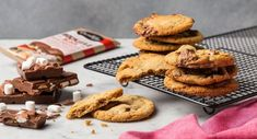 Darrell Lea has released its mouth-watering Rocklea Road Cookie recipe Biscuit Cookies, Breakfast Cookies, Biscuit Recipe, Brownie Recipes, Cookie Recipes, Rocky Road Cookies, Latest Recipe, Pastry Recipes, Tray Bakes