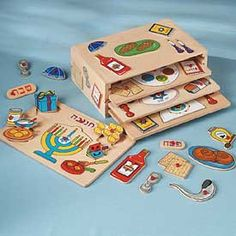 SET OF 4 WOODEN KIDKRAFT HOLIDAY PUZZLES IN RACK - $39.99