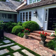 East Hampton .. A favorite house. Simple New England style and perfectly edited hardscape and landscaping.. @landscapedetails