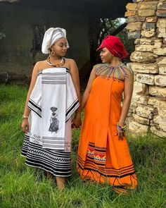 XHOSA ATTIRES STUNNING Stylish female celebrities always manage to capture our attention every week and we do not hesitate to show off these African Tops For Women, African Dresses For Women, African Print Dresses, African Wear, African Outfits, African Prints, South African Traditional Dresses, Traditional Dresses Designs, Traditional Outfits