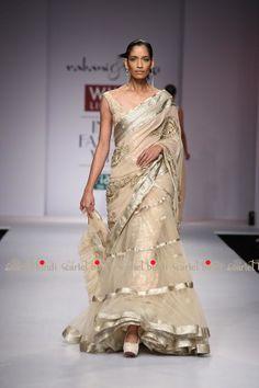 Rabani & Rakha #saree #sari #blouse #indian #outfit  #shaadi #bridal #fashion #style #desi #designer #wedding #gorgeous #beautiful