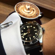 #TudorTuesday with my BBN at my fave place ⌚️☕️. #blackbay #tudor #tudorwatch #latteart #cappuccino