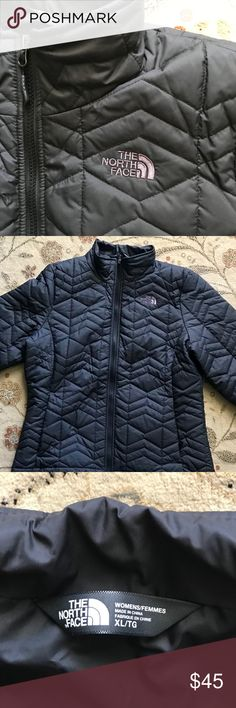 NorthFace Jacket Women's XL NorthFace Jacket worn twice like new condition North Face Jackets & Coats Puffers