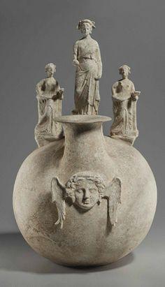 A CANOSAN POTTERY ASKOS   APULIA, CIRCA EARLY 3RD CENTURY B.C.
