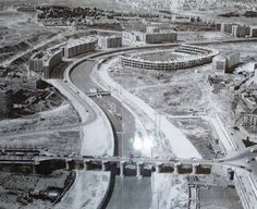 Construcción del Vicente Calderón (1966 Madrid City, Foto Madrid, Real Madrid, Best Hotels In Madrid, Madrid Travel, Spain Images, Old Pictures, City Photo, Photos