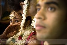 Sephi Bergerson's amazing captures of Indian brides and grooms