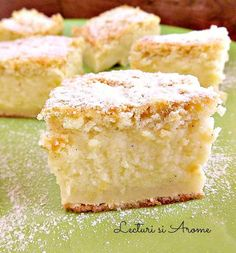 Prajitura inteligenta cu lapte si vanilie Romanian Desserts, Good Wife, Cornbread, Vanilla Cake, Sweet Treats, Sweets, Ethnic Recipes, Food, Beverage