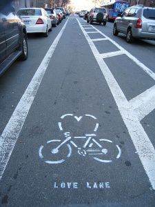 bike love lane pista ciclabile san valentino