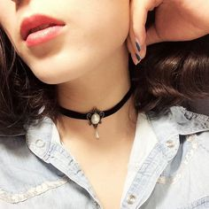handmade black choker Gothic Vintage style necklace with length adjustment BVLX0322