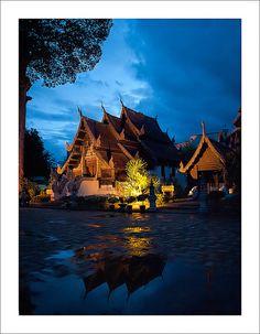 วัดเจดีย์หลวง Wat Chedi Luang, Chiang Mai, Thailand
