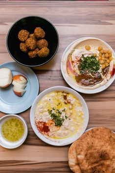 Tel Aviv Food Guide - a bunch of photos and favourites from our trip: where to find chocolate babka, your morning coffee, creamy masabacha and more. Jewish Recipes, Italian Recipes, New Zealand Food And Drink, Middle East Food, Eggplant Dishes, Israeli Food, Australian Food, Food Places, Restaurant Recipes