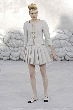 Chanel Spring 2008 Couture Fashion Show - Sasha Pivovarova