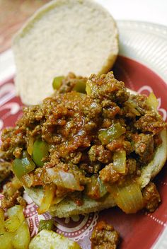Weight Watchers - Sloppy Joes + serves 8 ( 4 points +) ( add additional points for bun) lbs. Ww Recipes, Light Recipes, Turkey Recipes, Cooking Recipes, Healthy Recipes, Food Network Recipes, Plats Weight Watchers, Weight Watcher Dinners, Gastronomia