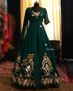 Emerald green leather jacket with green gown and fringe dupatta – Ricco India Shadi Dresses, Indian Gowns Dresses, Pakistani Dresses, Designer Party Wear Dresses, Indian Designer Outfits, Indian Outfits, Designer Gowns, Lehenga Designs, Stylish Dress Designs