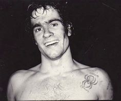http://www.ononeonline.com-Black Flag - henry rollins 1983?