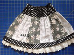Girls skirt size 5 by Peekintheattic on Etsy