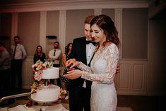 Tort ślubny   Fotografia: Lens with soul Dekoracja: W roślinach Lace Wedding, Wedding Dresses, Photo And Video, Instagram, Fashion, Fotografia, Bride Dresses, Moda, Bridal Gowns
