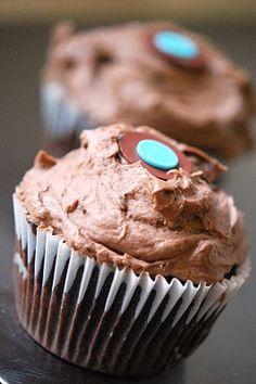 [ Sprinkles Chocolate Frosting ]