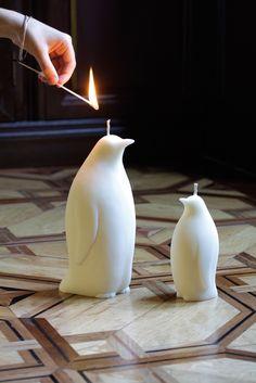 News xmas - Penguin collection Mason Jar Candles, Candle Centerpieces, Diy Candles, Pillar Candles, Candle Sculpture, Candle Art, Christmas Candles, Dollar Stores, Birthday Candles
