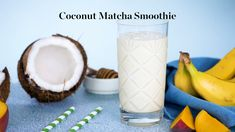 A delicious, nutritious morning pick-me-up: Coconut Matcha Yogurt Smoothie. Coconut Milk Smoothie, Matcha Smoothie, Yogurt Smoothies, Healthy Smoothies, Yogurt Popsicles, Yogurt Parfait, Healthy Desserts, Smoothie Packs, Smoothie Drinks