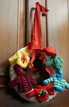 Holiday Sweater Wreath Free Knitting Pattern from Red Heart Yarns
