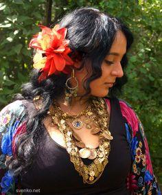 Lera Yanysheva, Russian gypsy performer