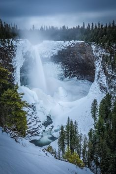 Helmcken Falls in Winter (Wells Gray Provincial Park, BC) by Robert Downie / 🇨🇦 Snow Scenes, Winter Scenes, Canada Pictures, National Park Tours, Winter Magic, Ice Climbing, Seen, Winter Beauty, Winter Wonder