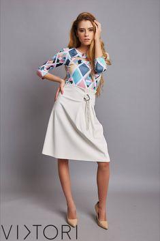 SS2020 kollekciónk megérkezett! 💋✨ #VIKTORInewin Keresd forgalmazóinknál, vagy a webshopon! www.viktori.hu  #VIKTORI #ViktoriBudapest #fashion #photooftheday #style #viktorinewin #viktoriSS2020 #outfitoftheday #fashionaddict #designer Fasion, Midi Skirt, Skirts, Midi Skirts, Fashion, Skirt, Gowns, Skirt Outfits