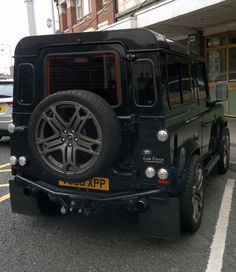 and here is the rear end of the Gale Force Land Rover by in this week Landrover Defender, Land Defender, Land Cruiser Models, Best 4x4, Military Jeep, Range Rover Supercharged, Suv Models, International Scout, American Motors