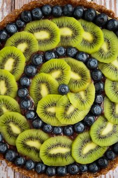 Raw Blueberry and Kiwi Tart, a healthy treat with just the right amount of tartness!  {Blissful Basil}