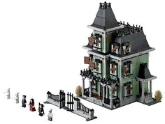 LEGO Gets Haunted This Fall, from Dread Central -- omg haunted house!!