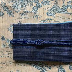 単衣のお着物で気持ちの良い日になりました。着物は、単衣の中紋で帯は、夏先取りの宮古上布の名古屋帯。帯締めは、あえて白を入れずに帯と同色にして、色を抑えたコーデにしてみました。 着物 単衣紬 帯 宮古上布 名古屋帯 #oteshio #Kimono#大人きものおしゃれ事典 #宮古上布#単衣紬#単衣コーディネート#同色系