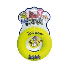 Kong Air Squeaker Donut. Mordedor con forma de rosquilla recubierto por una tela similar a la que se usa en las pelotas de tenis, pero menos abrasiva para que no dañe la dentadura de tu perro.