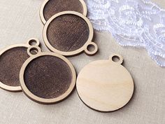 """This listing is for 5pcs wood pendant base. These are perfect for jewelry making, kids crafts, Valentine's Day, Wedding.  * They measure 3.5cm / 1.37"""", inner size 3cm / 1.18"""", inner depth 1mm / 0.03"""", total pendant thickness 3mm / 0.11"""" (If you need other size please contact with me). * In the last picture is example of use. * Materials: wooden * You will get 5 peaces."""