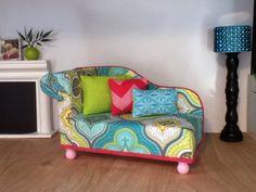 Chaise Lounge Chair Puppenhaus Möbel Maßstab von ItsPerfectlyPetite                                                                                                                                                                                 Mehr
