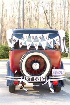 Just Married Banner On Car